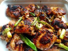 Zin in een makkelijk en lekker kipgerecht. Dit zijn twee heerlijke kip recepten met een heerlijke marinade, sticky kip en kruidige kip.