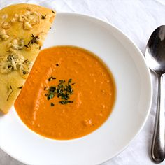 Rosemary & garlic tomato soup with cheesy focaccine