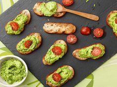 Pea Pesto Crostini Recipe : Giada De Laurentiis : Food Network