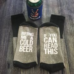 """If you can read this bring me cold beer"" socks. Grey wool blend with white writing. Beer Socks, Chicago Wedding Venues, Wedding Catering, Gifts For Beer Lovers, Bottle Bag, Funny Socks, Cool Socks, Men's Socks, Cool Gifts"
