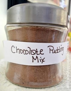 Master Mix: Chocolate or Vanilla Pudding Mix Chocolate or vanilla pudding mixes 1 1 tablespoons cocoa powder 3 cups sugar 1 cups cornstarch teaspoon salt Homemade Dry Mixes, Homemade Spices, Homemade Seasonings, Homemade Sweets, Homemade Food, Mango Pudding, Vanilla Pudding Mix, Tapioca Pudding, Pancake