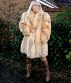 Fox fur coat | FUR 2 | Pinterest