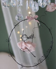 Arts And Crafts Projects, Diy And Crafts, Stylo 3d, Metal Garden Art, Wire Crafts, Felt Diy, Doll Crafts, Crafty Craft, Wire Art