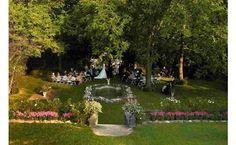 An outdoor wedding at The Altamont Manor Near Albany NY