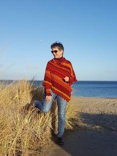 Weinrot, Burgunder, Burgundy, Marsala, Bordeaux an der Ostsee im Winter
