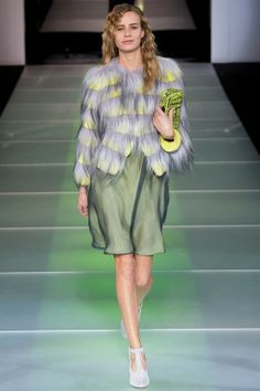 Foto GAHW201415 - Giorgio Armani Herfst/Winter 2014-15 (24) - Shows - Fashion - VOGUE Nederland