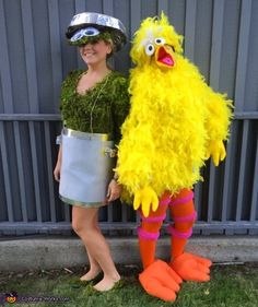 Check out our latest article Halloween Costumes Ideas for Women Unique. Know more about Halloween costumes diy teen girls friends, Halloween costumes college couples funny. Big Bird Halloween Costume, Homemade Halloween Costumes, Halloween Costume Contest, Halloween Costumes For Girls, Couple Halloween, Diy Costumes, Halloween Diy, Halloween Projects, Halloween 2017