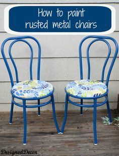 How to Repurpose a Rusted Metal Chair! | Designed Decor | Using fabric by Heather Dutton for Modern Yardage. #modernyardage #fabric #modernfabric www.modernyardage.com