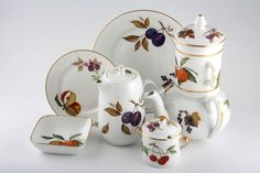 Royal Worcester Evesham - Gold Edge. Probably the biggest range of china ever made.