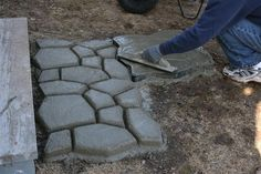 Budget101.com - - Create your Own Stone Walkway for less than $40