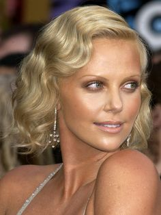Charlize Theron, 2004 Oscars hair and makeup - The 13 best Oscars beauty looks EVER - Cosmopolitan.co.uk