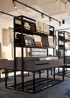 Customer experience is pivotal to the design of this flagship tile showroom in Waterloo for leading tile supplier, Di Lorenzo. Showroom Interior Design, Tile Showroom, Retail Interior, Furniture Showroom, Showroom Ideas, Trendy Furniture, New Furniture, Furniture Design, Shop Interiors