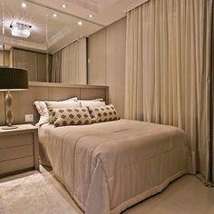 Sexta-feira abençoada e inspiradora! 🙏🏼 Quarto aconchegante e belo por Officio e Arte. Amei❣️ Me encontre também no @pontodecor HI Snap: 👻 hi.homeidea www.bloghomeidea.com.br #bloghomeidea #olioliteam #arquitetura #ambiente #archdecor #archdesign #hi #cozinha #homestyle #home #homedecor #pontodecor #homedesign #photooftheday #love #interiordesign #interiores #picoftheday #decoration #world #lovedecor #architecture #archlovers #inspiration #project #regram #canalolioli #sexta #quartocasal