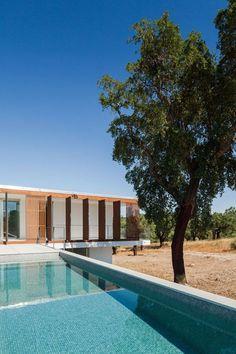 Quinta Dos Pombais House - Picture gallery #architecture #interiordesign #swimmingpool