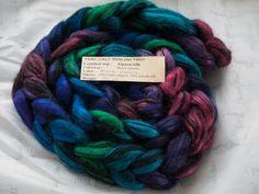 Phat Fiber Sample Box: Violet Linx's Yarns and Fibers Aurora Fiber Giveaway!