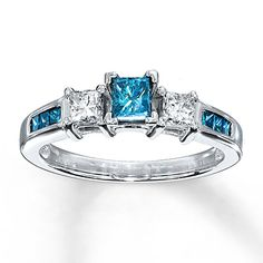 Blue Diamond Ring 3/4 ct tw Princess-cut 10K White Gold