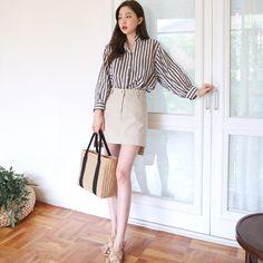 #envylook Side Slit A-Line Skirt #koreanfashion #koreanstyle #kfashion #kstyle #stylish #fashionista #fashioninspo #fashioninspiration #inspirations #ootd #streetfashion #streetstyle #fashion #trend #style
