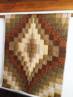Bargello Quilt - Sentimental Gift - Brown Quilt - Baby Play Mat - Girl Nursery Gift - Babyshower Gift - Modern Wallhanging - Baby Boys Quilt by sewhappyquiltingvt on Etsy Motifs Bargello, Bargello Quilts, Quilt Baby, Unique Baby Gifts, New Baby Gifts, Handmade Baby Quilts, Quilt Modernen, Sentimental Gifts, Quilt Blocks