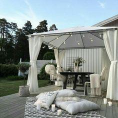 40 classic terrace design ideas for your dream home 6 Outdoor Rooms, Outdoor Living, Outdoor Decor, Terrasse Design, Diy Garden Decor, Backyard Patio, Interior And Exterior, New Homes, House Design
