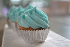 Blueberry cheesecake cupcake by www.pink-lemonade-il.com