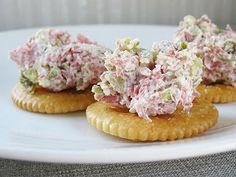 Delish Recipe Club: Dill Pickle Dip