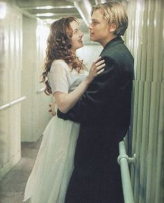 Kate Winslet as Rose DeWitt Bukater and Leonardo DiCaprio as Jack Dawson - ' Titanic', 1997. Description from pinterest.com. I searched for this on bing.com/images