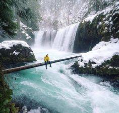 Above the rapids 🌍 (@everchanginghorizon)