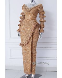 African Bridesmaid Dresses, African Wear Dresses, Latest African Fashion Dresses, African Print Fashion, Cord Lace Styles, Lace Gown Styles, Ankara Long Gown Styles, Blouse Styles, Nigerian Lace Dress