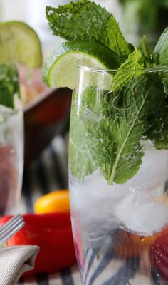 The Bacardí Limón Mojito is the perfect complement to a Tex-Mex themed celebration. Easily made with Bacardí Limón, spearmint leaves, slice of lemon, simple syrup, and club soda. Yum! (sp)