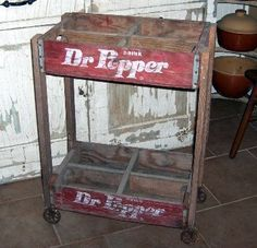 cart made from old Dr Pepper crates…would be cute with flower pots sitting in … – Gesundes Abendessen, Vegetarische Rezepte, Vegane Desserts, Old Crates, Wooden Crates, Vintage Crates, Wine Crates, Dr Pepper, Repurposed Items, Repurposed Furniture, Country Decor, Rustic Decor