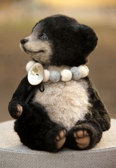 Ivanova Maria - bear with felt bead necklace