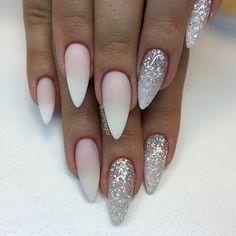 French Ombre (matt) och silverglitter allt finns hos #lillynails