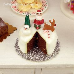 Hey, I found this really awesome Etsy listing at https://www.etsy.com/listing/210983819/christmas-cake-dollhouse-miniature