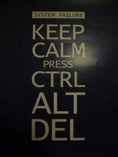 Ctrl + Alt + Del... muy windoor!