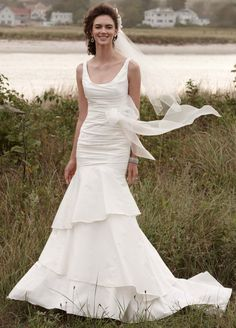 10 Gorgeous Gowns For Under 500 Affordable Wedding Dressesused
