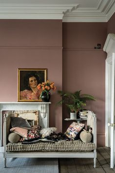 British paint manufacturer Farrow & Ball has expanded its extensive color card with nine new shades. Carefully chosen to balance Farrow & Ball'. Farrow Ball, Farrow And Ball Paint, Farrow And Ball Bedroom, Most Popular Paint Colors, New Paint Colors, Living Room Paint Colours, Wall Painting Colors, Room Wall Colors, Painting Wallpaper