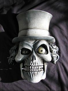 Skull n hat