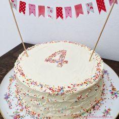 - 4 years and a rainbow cake / birthday cake / birthday . - Torte - first birthday cake-Erster Geburtstagskuchen First Birthday Cakes, Diy Birthday, Happy Birthday, Birthday Sweets, Apple Smoothies, Savoury Cake, Cake Cookies, Cake Designs, Vanilla Cake