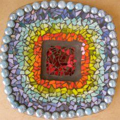 קערת זכוכית בצבעי הקשת