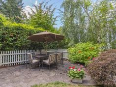 Portland Heights Cape Cod: Landscaped Gardens and Patios