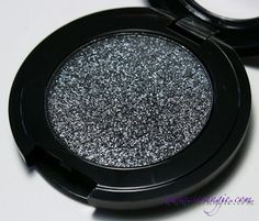 My new best friend... Stila Jewel Eyeshadow in Black Diamond (love love love)