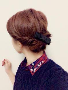 ショートボブのヘアアレンジ③ アップスタイルだって意外に決まります!