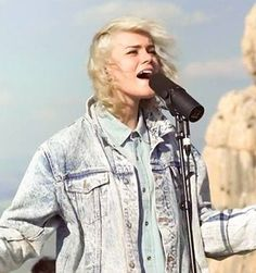 Taya Smith in Israel, of Dirt and Grace, Hillsong UNITED Band #tayasmith #hillsongunited #ofdirtandgrace God Of Angel Armies, Taya Smith, Music Ministry, Hillsong United, Praise Songs, Christian Girls, Music Therapy, Gospel Music, Successful People