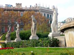 Escultura pça. Catalunya_138 by vicenstort, via Flickr