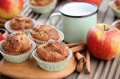 Bademli gevrek kurabiye tarifiyle çayınızın yanı nefis bir yancıyı keşfediyor. Badem ve tarçın çay saati için güçlerini birleştiriyor.