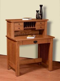 Amish JD's Deluxe Writing Desk - Quick Ship Love your workspace with a fine wood writing desk! Available in two sizes. Built in choice of wood, stain and hardware. #writingdesk #wooddesk