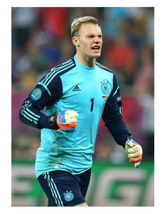 Neuer: We know all about Netherlands