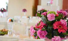 Klimatyczne przyjęcia weselne w Lublinie tylko na niepowtarzalnej sali hotelu Dwór Choiny! http://www.dworchoiny.pl
