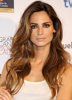 brown hair with highlights