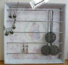 Купить Витрина для украшений Светлые воспоминания - белый, манекен для бижутерии, витрина, настольная подставка, подставки